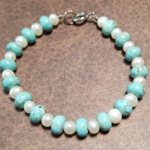 Vintage Turquoise and Freshwater Pearl Bracelet